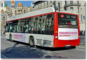 Dios, centro del debate.Bus-Londres